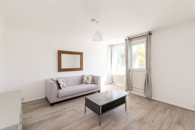 Thumbnail Flat to rent in Churchill Gardens, Pimlico