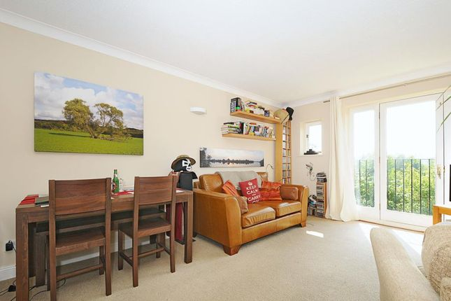 Thumbnail Flat to rent in Ducklington Lane, Witney