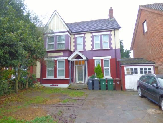 Thumbnail Detached house for sale in Chingford, London, Uk
