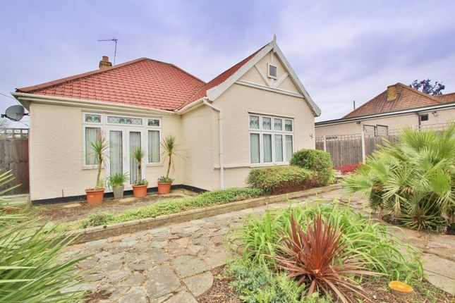 Thumbnail Detached bungalow to rent in Pickford Lane, Bexleyheath