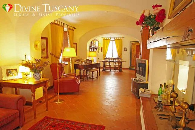 Thumbnail Country house for sale in Strada Provinciale, Pienza, Siena, Tuscany, Italy