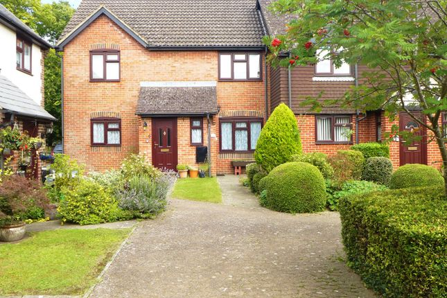 Thumbnail Flat for sale in Bartons Court, Dunleys Hill, Odiham, Hook