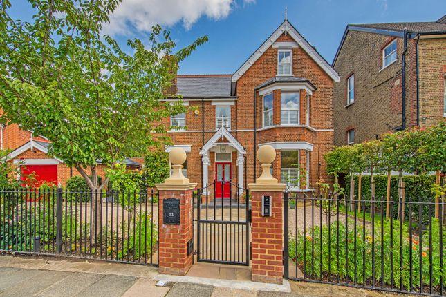 Thumbnail Detached house for sale in Lion Gate Gardens, Richmond