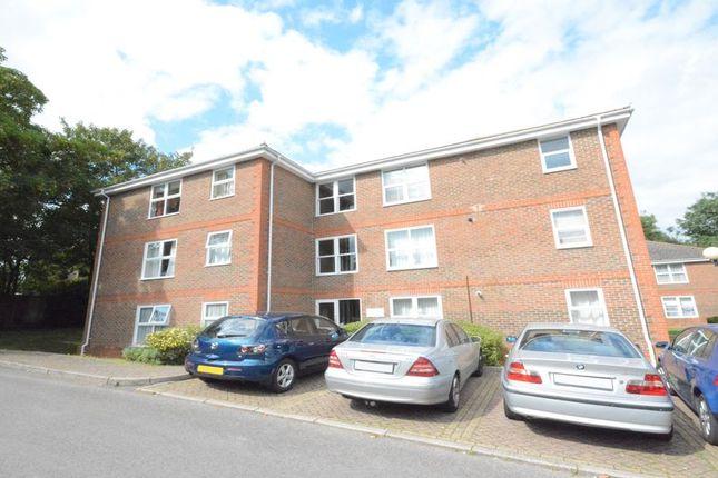 Thumbnail Flat to rent in Warren Down, Bracknell