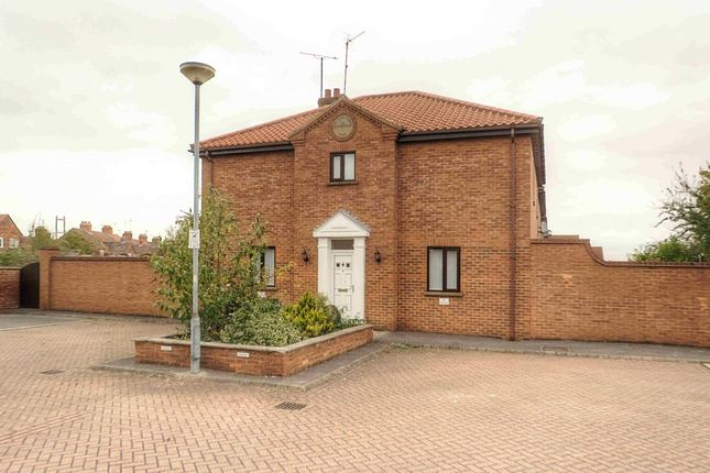 Thumbnail Property to rent in Tangarth Court, Barton-Upon-Humber
