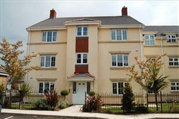 Thumbnail Flat to rent in Browsholme Court, Westhoughton, Bolton