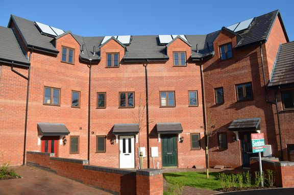 Thumbnail Town house for sale in Cullompton