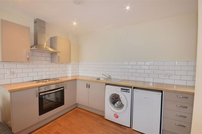 2 bed flat to rent in King Charles II House, Headlands Lane, Pontefract WF8