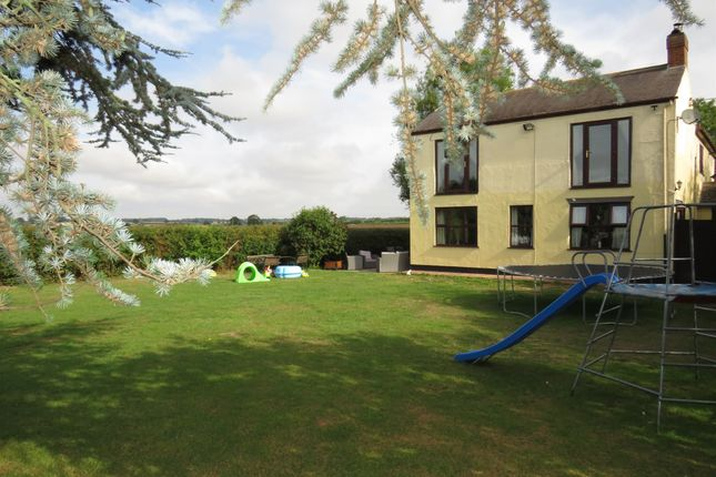 Thumbnail Detached house for sale in Forest Road, Huncote, Leicester