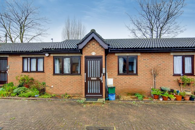 1 bed terraced bungalow for sale in Bletchingley Close, Thornton Heath, Surrey CR7