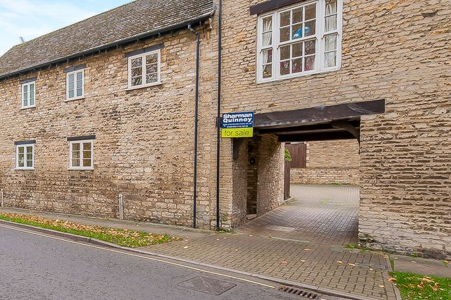 Thumbnail Cottage for sale in Water Street, Stamford