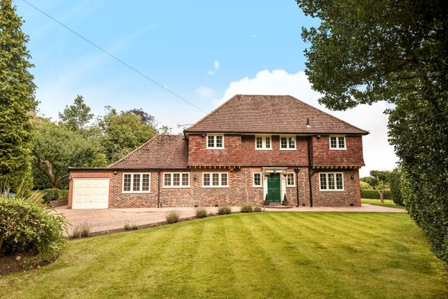 Thumbnail Detached house to rent in Pinner Hill, Pinner, Middlesex