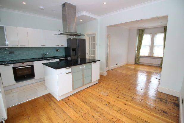 Thumbnail Property to rent in Kemble Road, Forest Hill