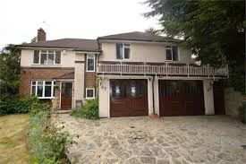 Thumbnail Detached house for sale in Bracken Drive, Chigwell
