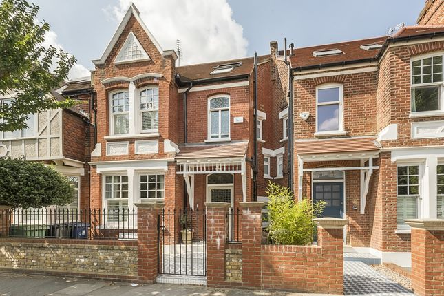 Thumbnail Terraced house to rent in Fairlawn Grove, London