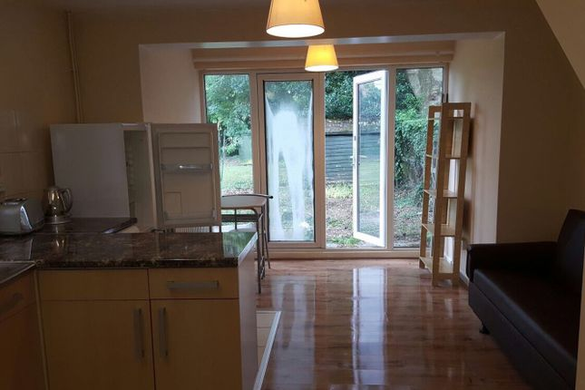 Thumbnail Flat to rent in 20 Davenport Road, Coventry