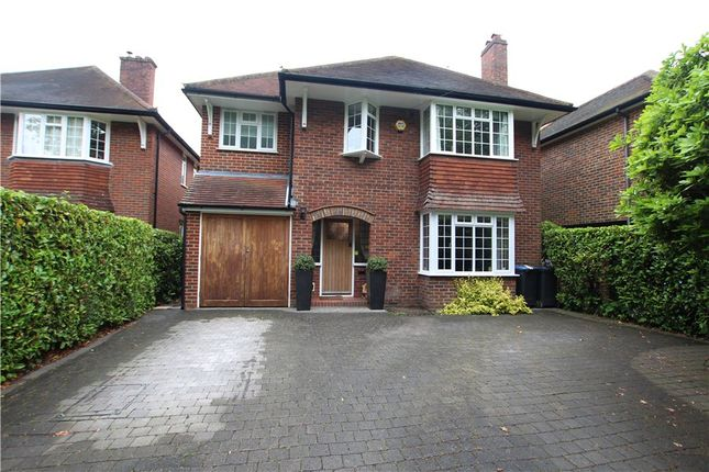 4 bed detached house to rent in Orchard Drive, Horsell, Woking