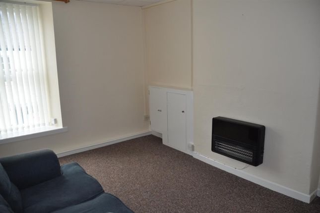 Thumbnail Property to rent in Market Street, Holyhead