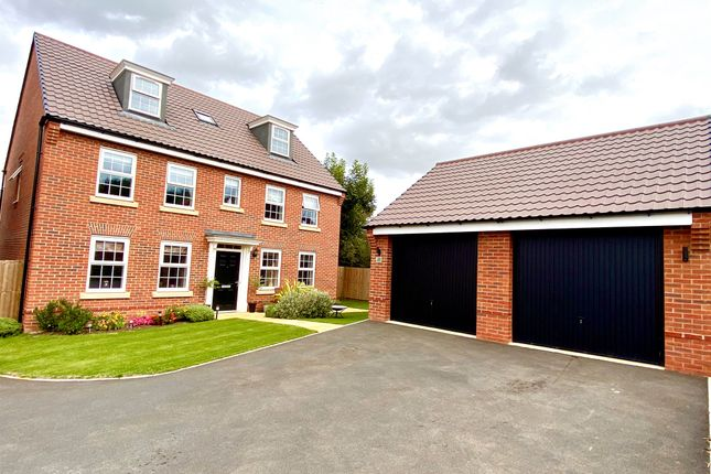 Thumbnail Detached house for sale in Kingfisher Road, Thrapston, Kettering