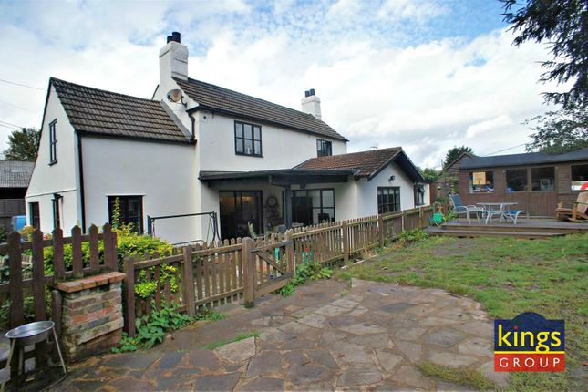 Thumbnail Detached house for sale in The Pottery House, Southend Lane, Waltham Abbey