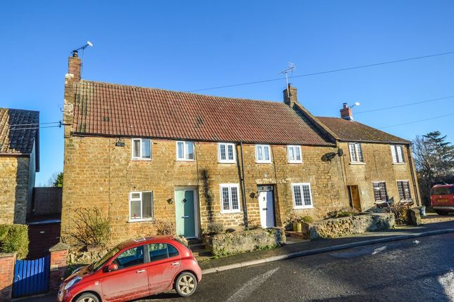 Thumbnail Cottage to rent in Middle Street, Misterton, Crewkerne