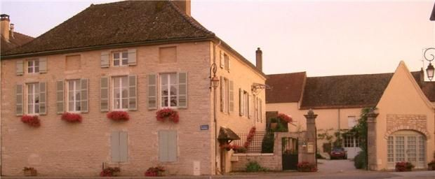 Thumbnail Town house for sale in Place Des Marronniers, Puligny-Montrachet, 21190