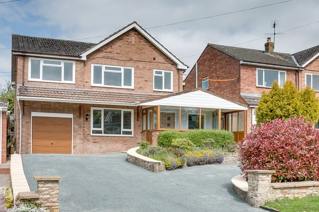 Thumbnail Detached house for sale in Lower Cladswell Lane, Cookhill, Alcester