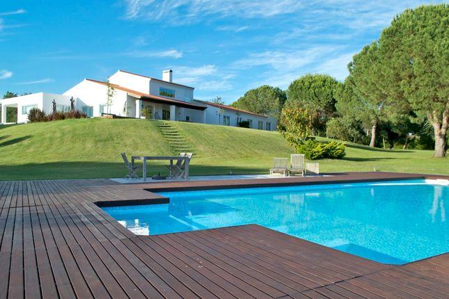 4 bed villa for sale in Mata Do Duque, Santo Estêvão, Benavente, Santarém, Central Portugal