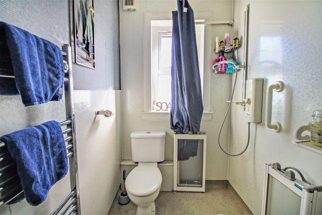 Bathroom of Jubilee Road, Walkerburn EH43