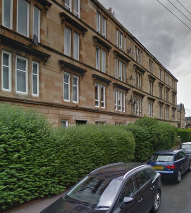 3 bed flat to rent in Roselea Drive, Glasgow 2Rt