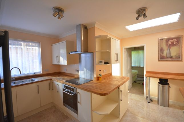 Thumbnail Flat to rent in Overcliff Rise, Bassett, Southampton