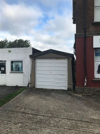 Thumbnail Bungalow to rent in Dominion Way, Broadwater, Worthing