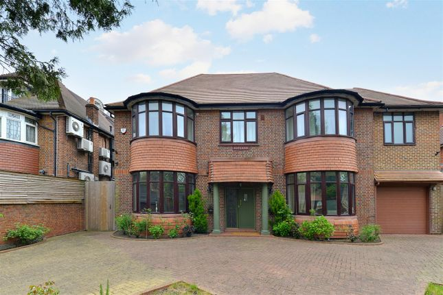 7 bed property for sale in Brondesbury Park, London