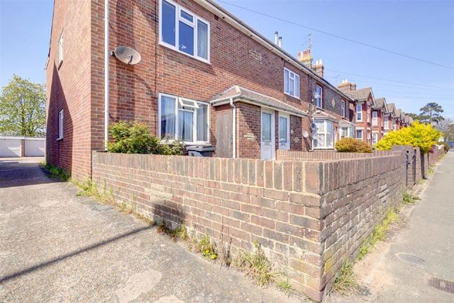1 bed flat for sale in South Road, Hailsham BN27