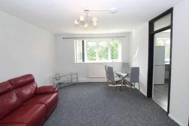 2 bed flat to rent in Waun Lee Court, Pentwyn, Cardiff CF23