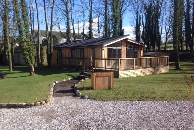 Thumbnail Lodge for sale in Marton Road, Gargrave