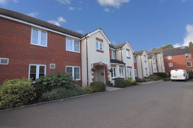 1 bed flat for sale in Pheasant Court, Watford WD25