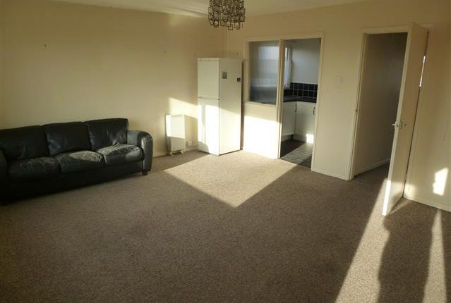 Thumbnail Flat to rent in Field Lane, Kessingland, Lowestoft
