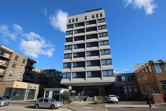 2 bed flat to rent in Skyline Apartments, The Causeway BN12
