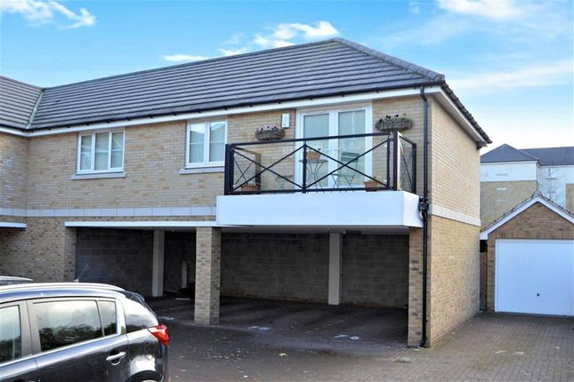 Thumbnail Flat for sale in Blenheim Square, North Weald, Epping