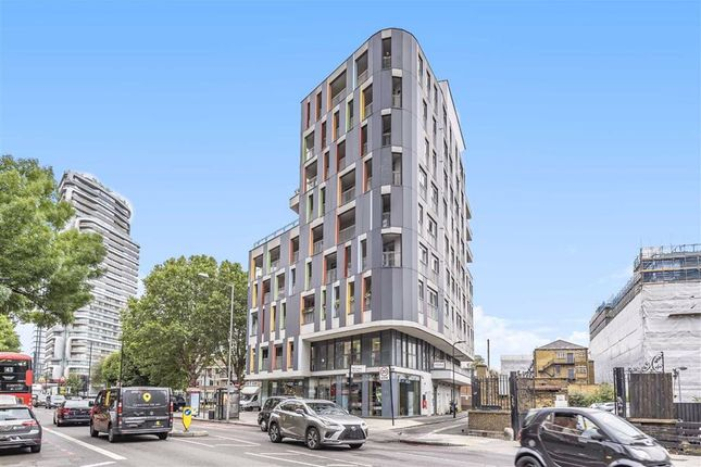 Thumbnail Flat to rent in Wellesley Terrace, London