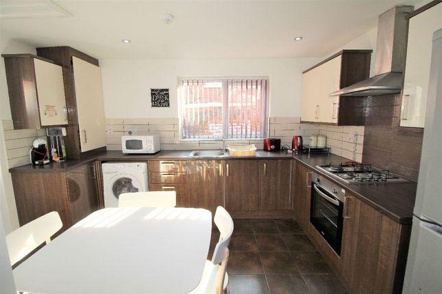 Thumbnail Terraced house to rent in Broughton Street, Preston, Lancashire