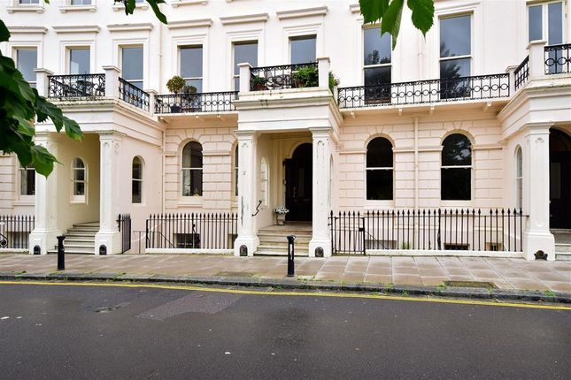 Thumbnail Flat for sale in Adelaide Crescent, Hove, East Sussex