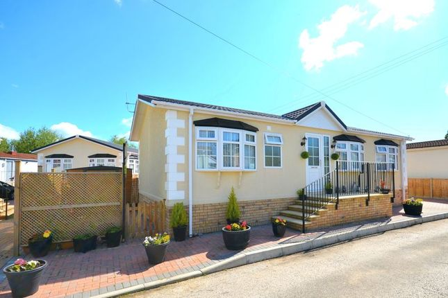 Mobile Park Home For Sale In Iford Bridge Old Road