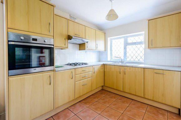 140 Alder Road - Kitchen (1)