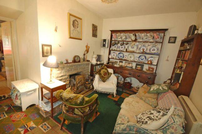 Living Room of Pontllolwyn, Llanfarian, Aberystwyth SY23