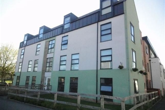 Thumbnail Flat to rent in Hollies Lane, Salford