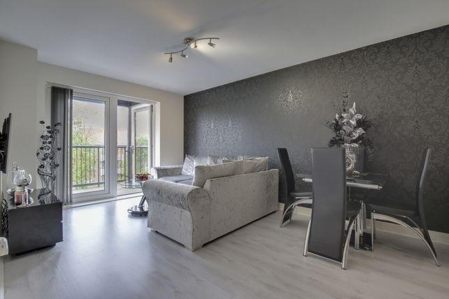 Thumbnail Flat to rent in Grade Close, Elstree