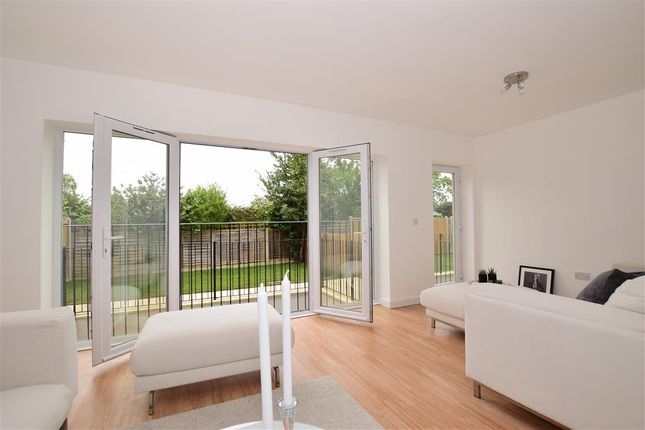 Thumbnail Semi-detached house for sale in Bedford Road, Lansdowne Road, South Woodford