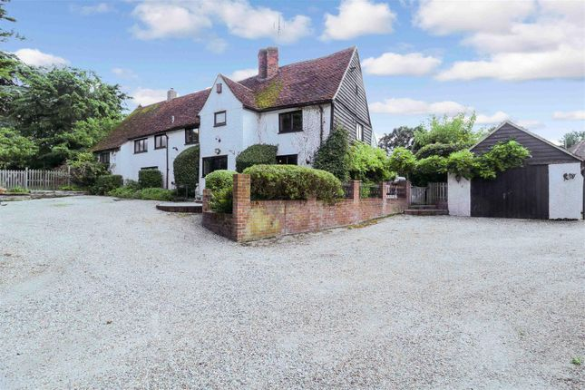 Thumbnail Detached house for sale in Roydon Road, Harlow
